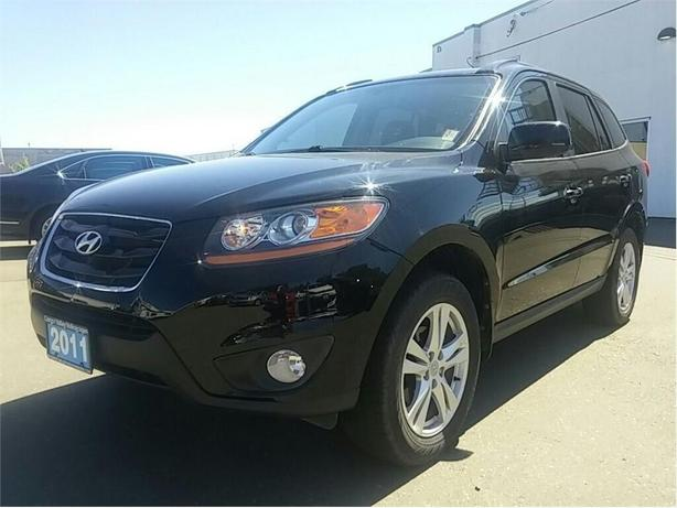 2011 Hyundai Santa Fe GL 2.4 Premium ALL WHEEL DRIVE !