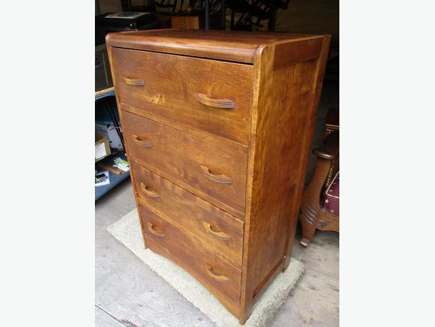 UNCLES ESTATE FOUR DRAWER CHEST OF DRAWERS