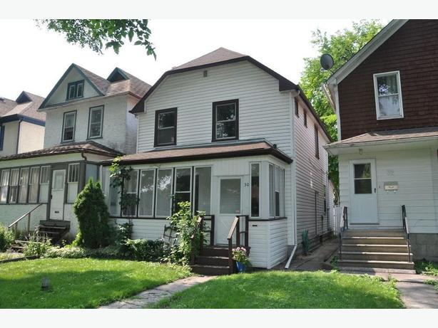 30 Inkster Blvd-Professionally Marketed by Judy Lindsay Team