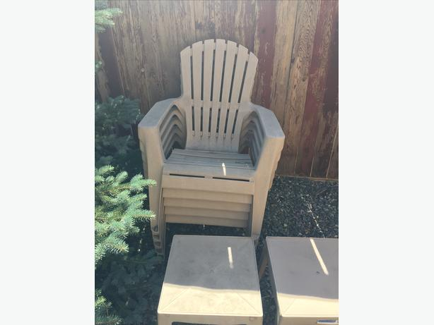 5 New plastic patio chairs with 2 tables