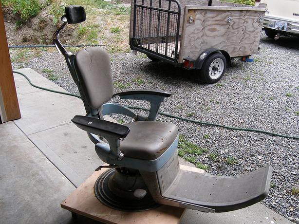 Vintage Ritter Dental Chair - Vintage Ritter Dental Chair Lake Cowichan, Cowichan