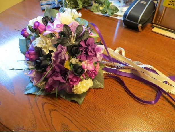 Purple Mid-Size Bouquet