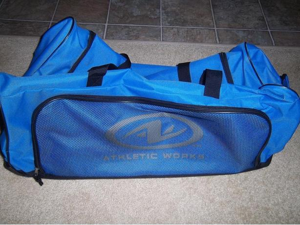 Two Duffle Bags 28 inches - Athletic Works Campbell River, Comox Valley dd1edb3668