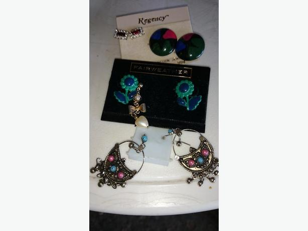 Cosmetic Jewellry like earrings and bracelets