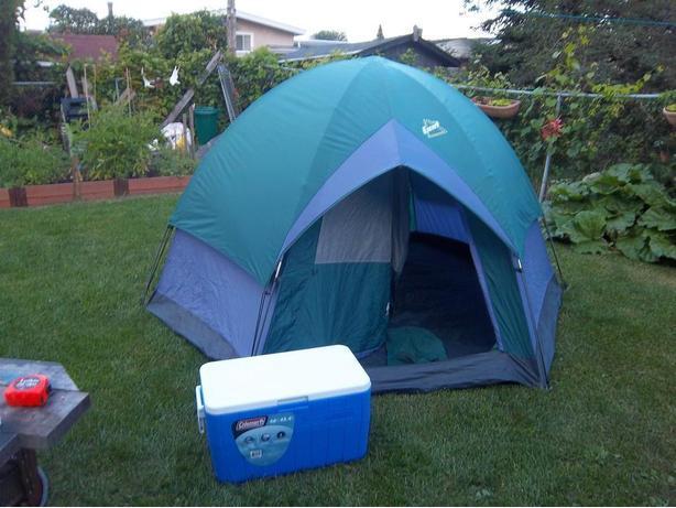 Escort dome tent ($60) & Escort dome tent ($60) Orleans Ottawa