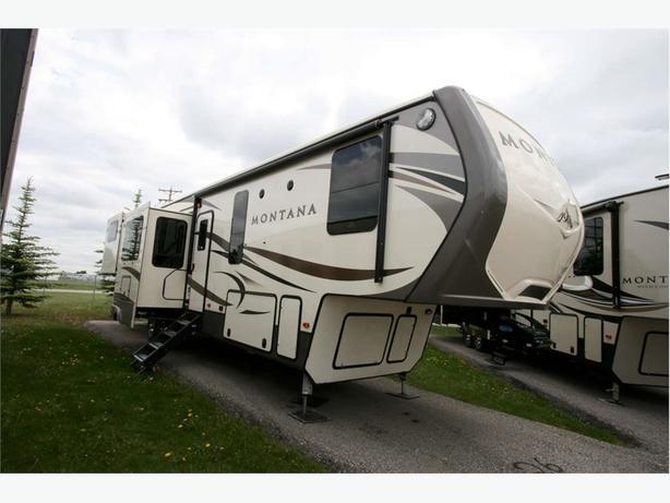 2018 KEYSTONE RV Montana 3790RD