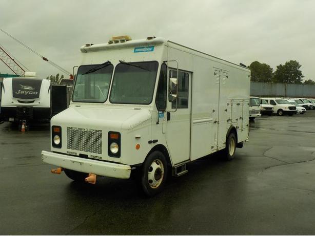 2001 Grumman Olson Workhorse P42 Step Van Workshop Van
