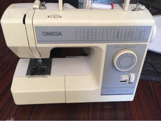 OMEGA Euro Delux Sewing Machine Malahat Including Shawnigan Lake Gorgeous Omega Stitch Art Sewing Machine