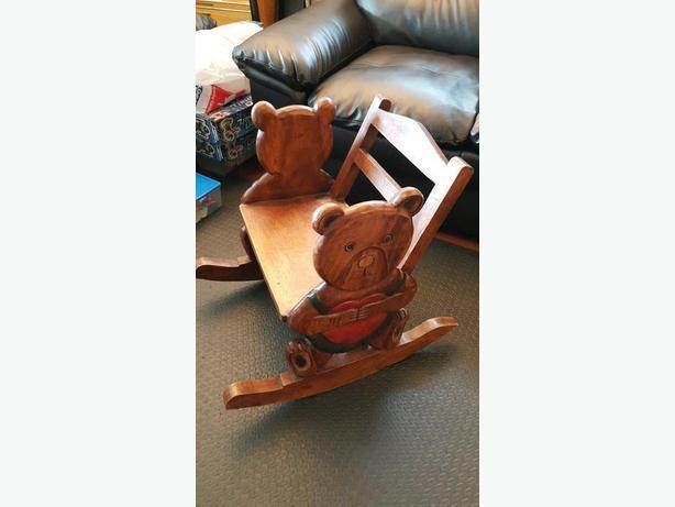 Kid Solid Wood Rocking Chair