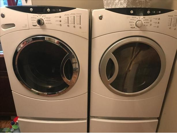 GE Profile WasherDryer with pedestals West Shore LangfordColwood
