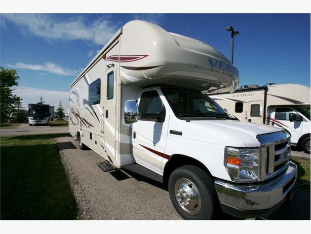 2018 HOLIDAY RAMBLER VESTA 30F