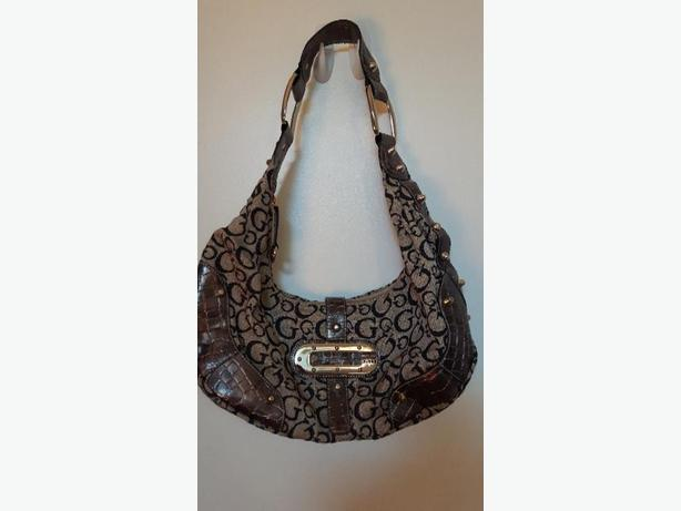 Adorable Brown Guess Purse