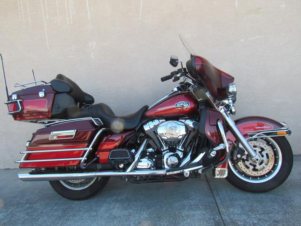 2008 Harley Ultra Classic beautiful condition $13900