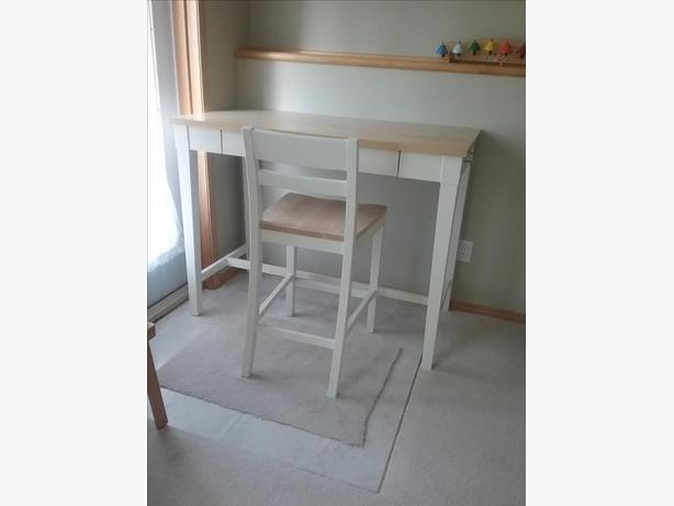Kitchen Island & Chair Set