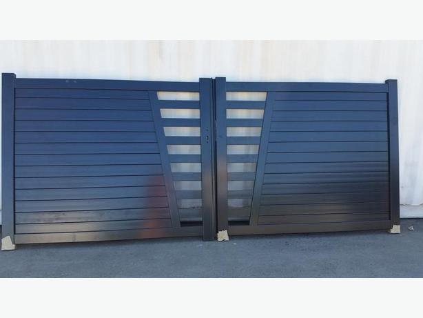 Aluminum Driveway  and  garden gates