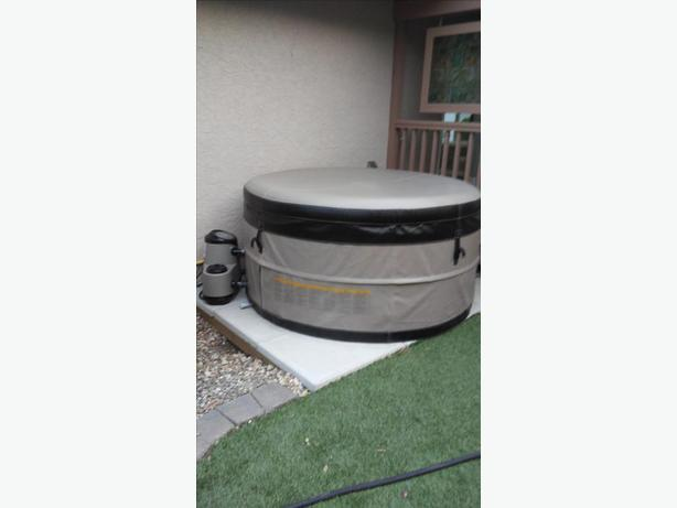 Canadian Spa Company Portable Hot Tub
