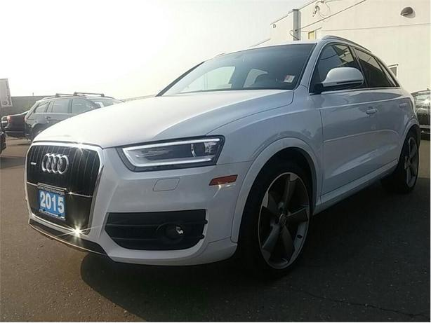2015 Audi Q3 2.0T Technik QUATTRO Luxury at a great price !