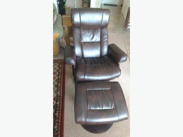 Brown leather Swivel Recliner with Ottoman