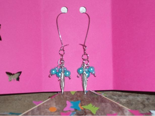 Long dangle metal feather earrings