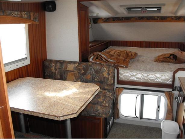 2007 Norther Lite 811