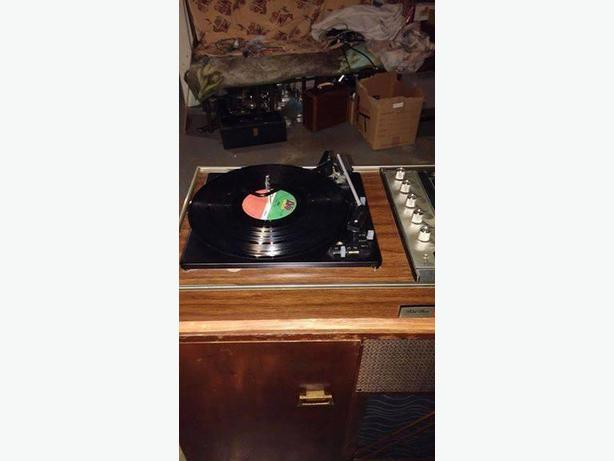 vintage stereo with bluetooth