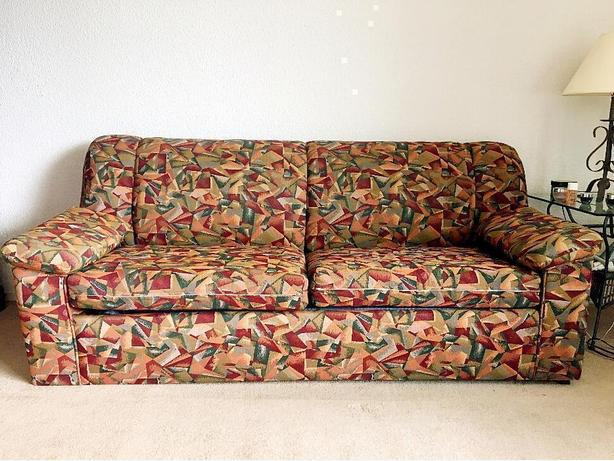 sofa bed/ pull out couch with mattress