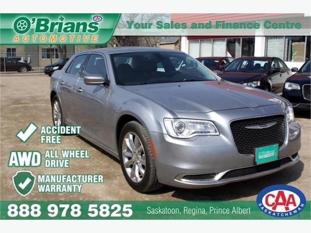 2016 Chrysler 300 Touring w/Mfg Warranty, Accident free
