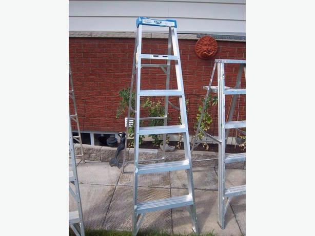 Aluminum step ladder (2 different sizes)