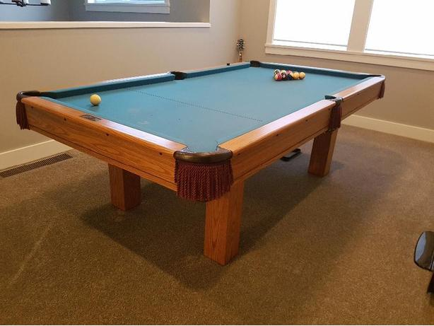 Dufferin Pool Table West Shore LangfordColwoodMetchosinHighlands - Dufferin pool table