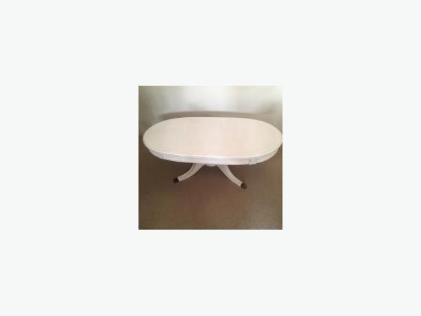 Shabby chic ANTIQUE WHITE OVAL COFFEE  TABLE