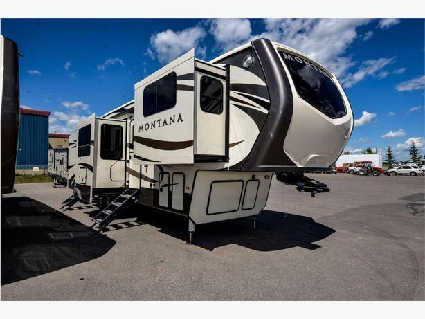 2018 KEYSTONE RV Montana 3730FL