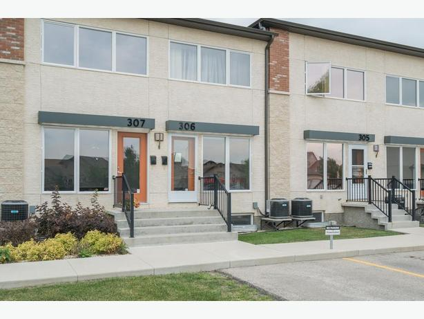 Two Bedroom Townhouse in a Secluded Area in Mission Gardens - Jennifer Queen