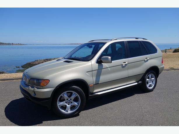2002 BMW X5 4.4i with only 132,000 KM, No Accidents, Very Clean