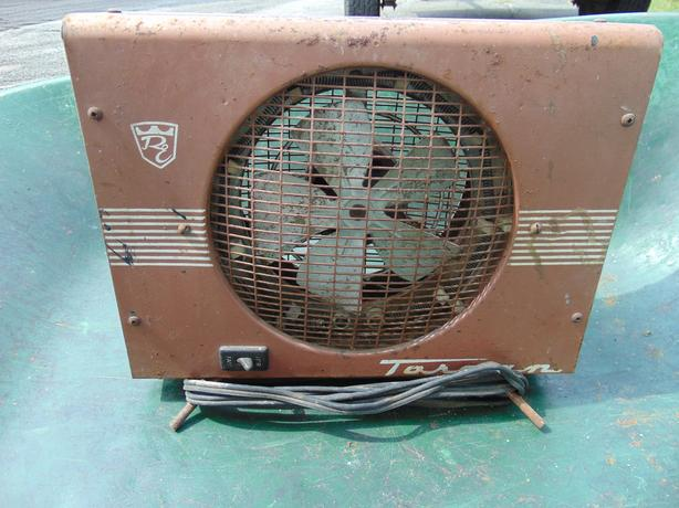 2 VINTAGE PORTABLE ELECTRIC AIR FAN HEATER--TORCAN