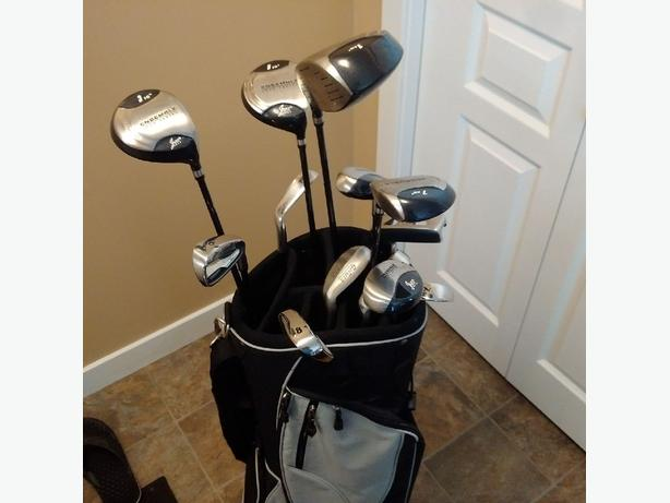Brand New set of Golf Clubs