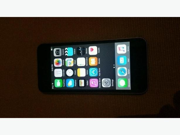 iPod 5 32GB with griffin survivor case