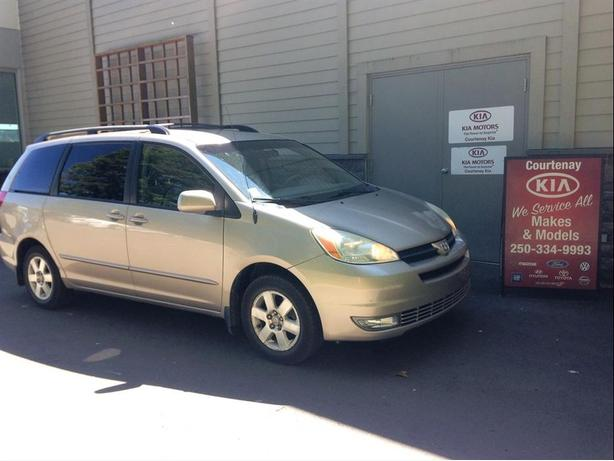 2004 Toyota Sienna LE ** $200.00 Gas Card included**