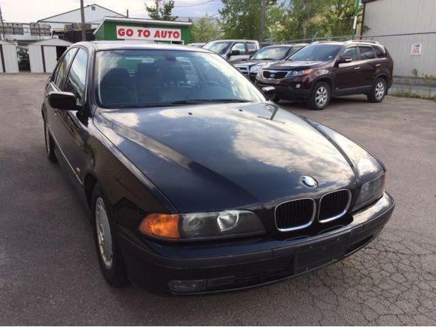 2000 BMW 5-Series 528i Sedan - Very low kms!! One Owner