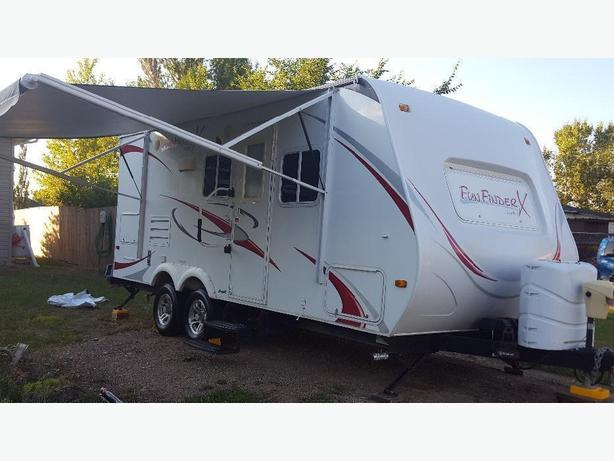Fun Finder 21' travel trailer