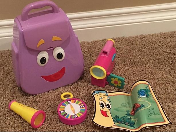 Dora The Explorer: My Talking Backpack