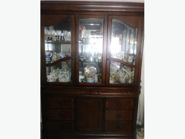 Display cabinet High Quality Dark Oak Wood