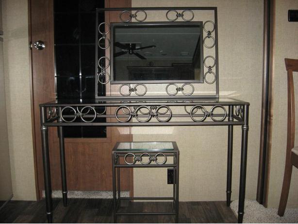 Nesting Tables & Mirror