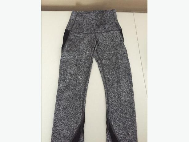 Lulu Lemon Leggings (size 4) - Like new condition