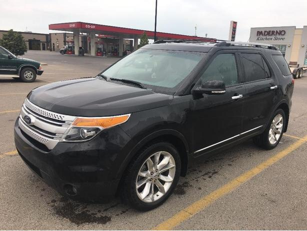 2013 Ford Explorer XLT AWD LOADED LEATHER EXT WARRANTY