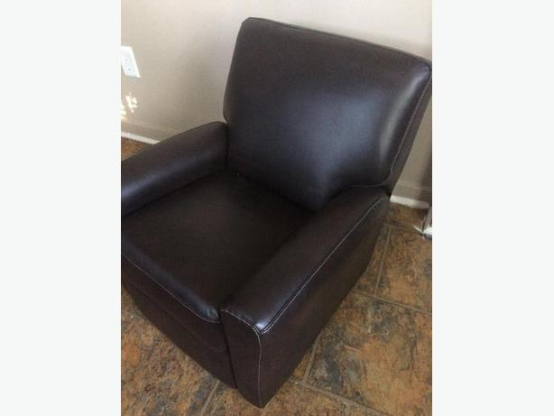 Toddler leather recliner **PRICE REDUCED**