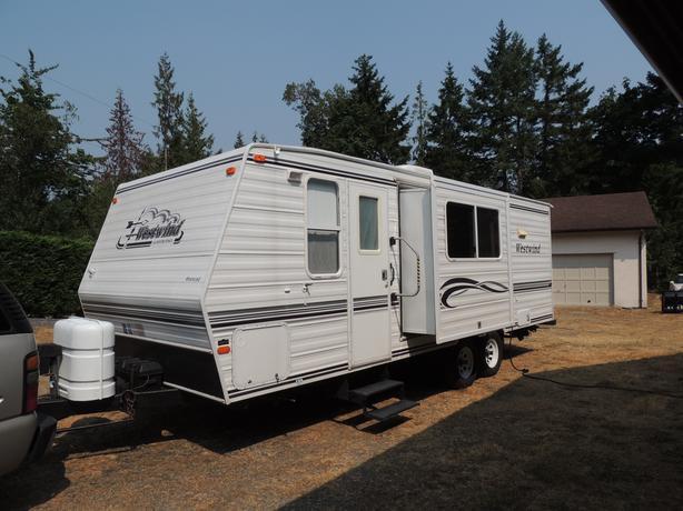 Model WT251.  2002 Westwind Travel Trailer