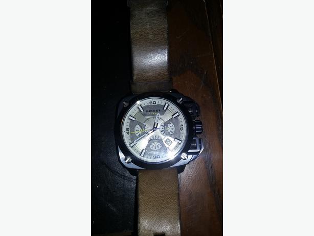 Deisel 10 Bar Watch