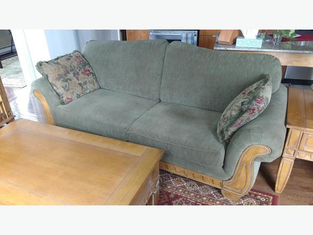 HIgh Quality 3-seater Couch