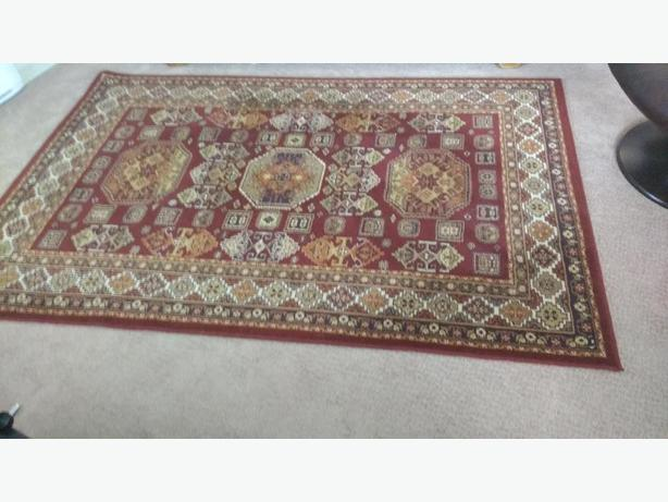 5' x 7' oriental wool carpet