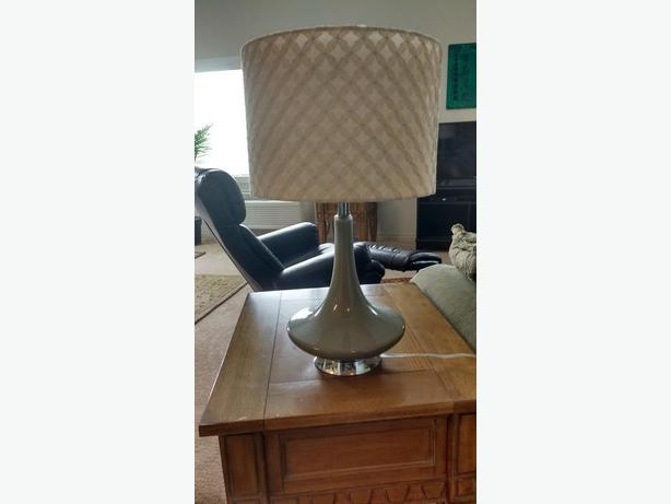 Set of 2 Modern Table Lamps